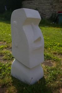 Moaï – Sculpture en béton cellulaire