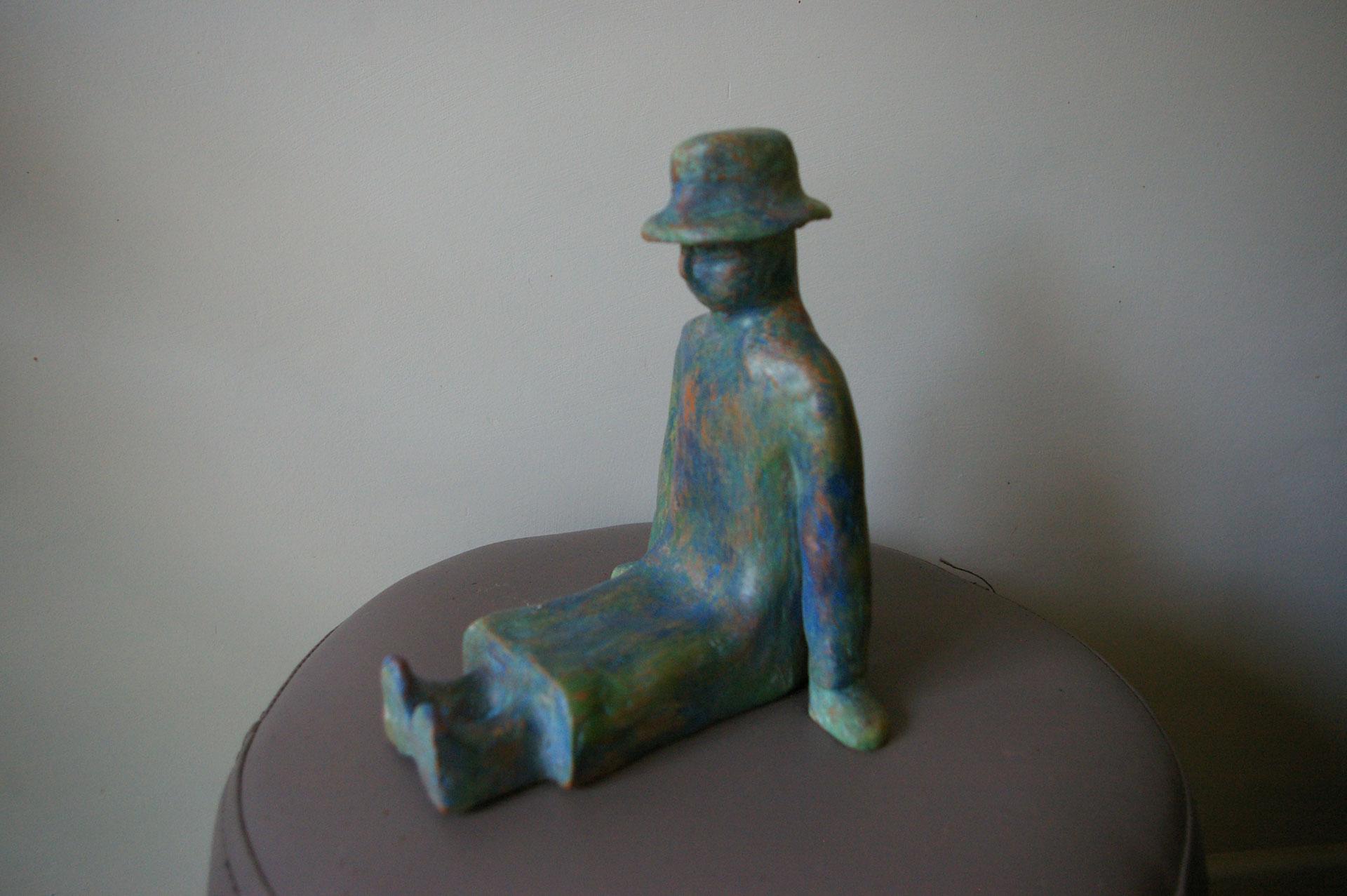 Sculpture en terre cuite, autour de J.M Folon…